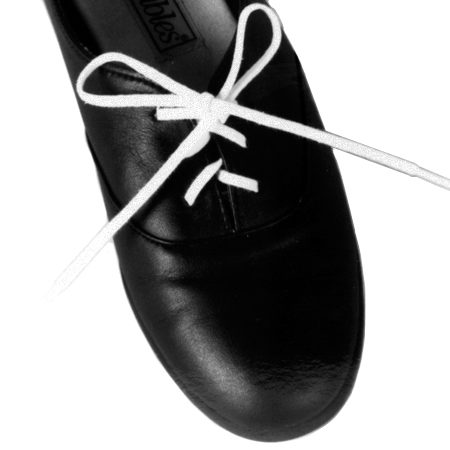 Shoelaces and Shoehorns